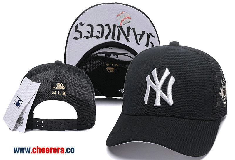 MLB New York Yankees Adjustable Black Snapback Hat in Mesh Style