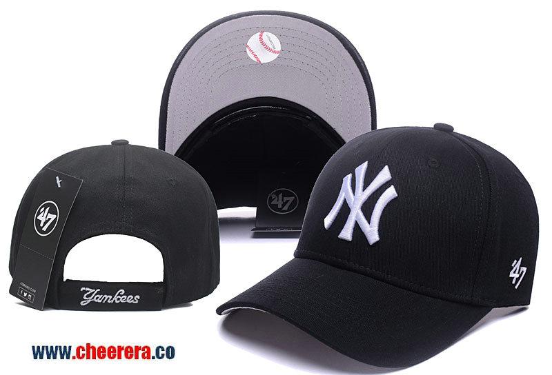 MLB New York Yankees Adjustable Black Snapback Hat with White Logo