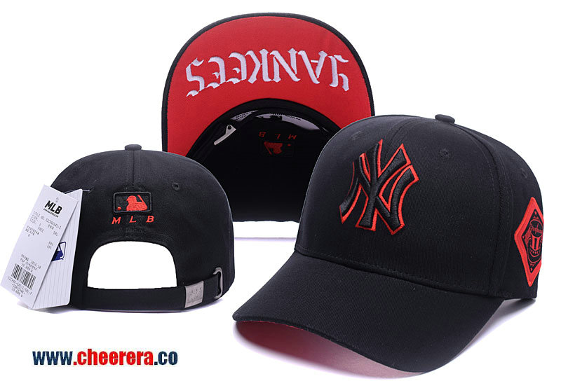 MLB New York Yankees Adjustable Snapback Hat in Black with Red