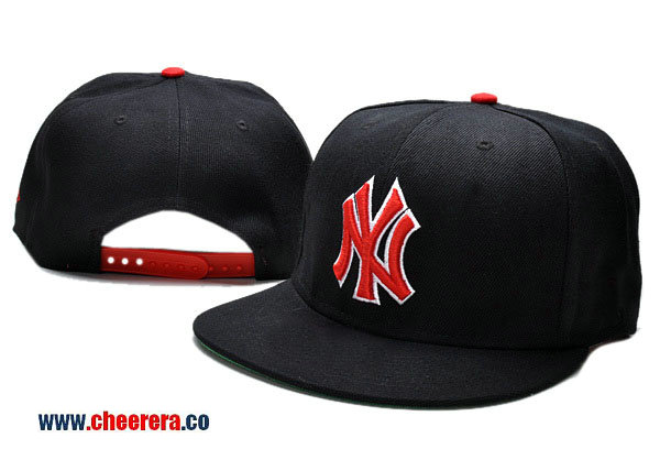 MLB New York Yankees Adjustable Snapback Hat in Black with Red Logo